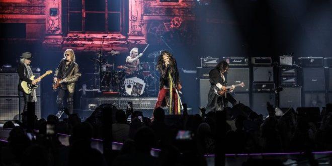 Gli Aerosmith in tour europeo, toccano Milano