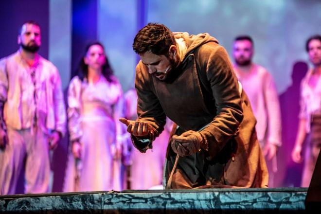 Attilio Fontana è Padre Pio in Actor Dei