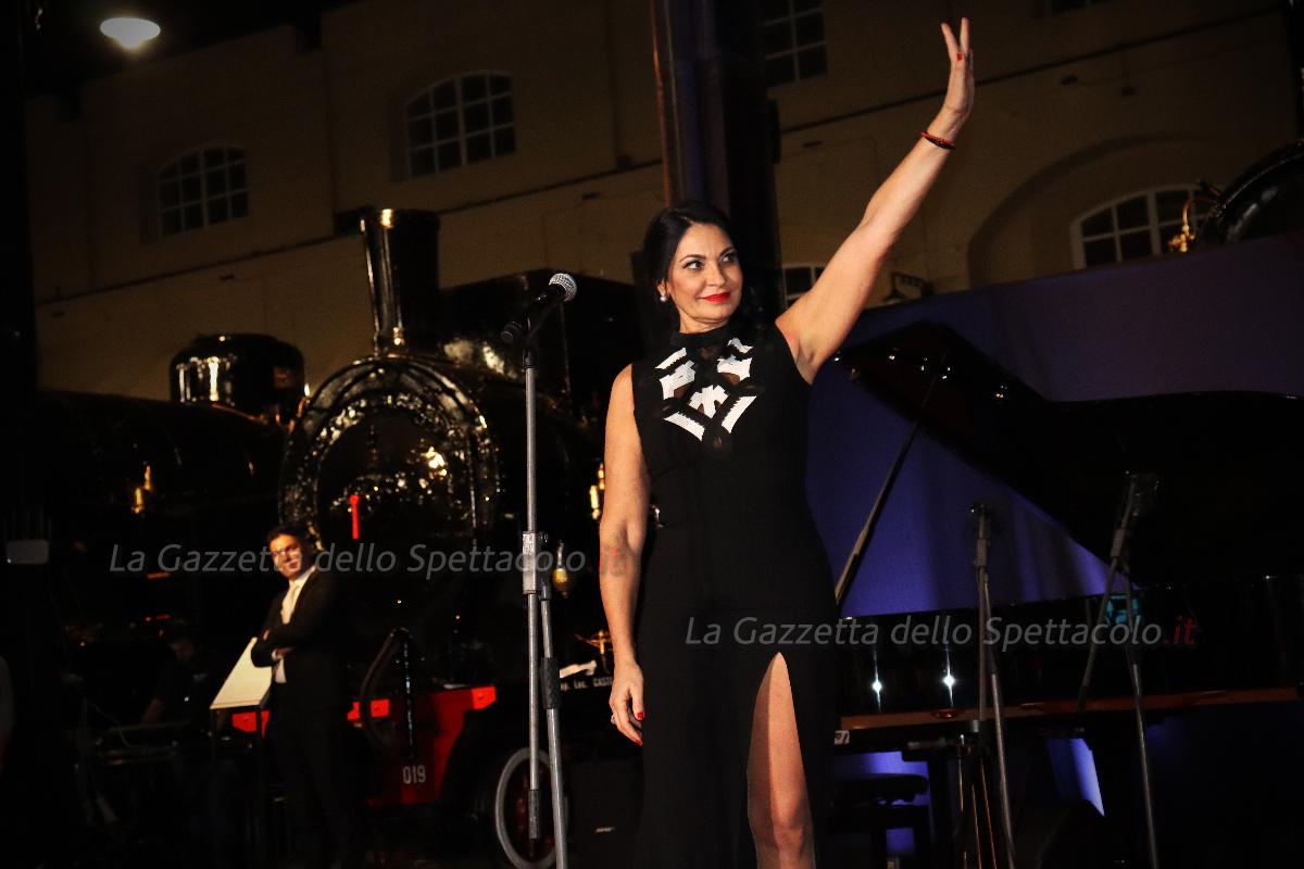 L'esibizione di Rosa Miranda