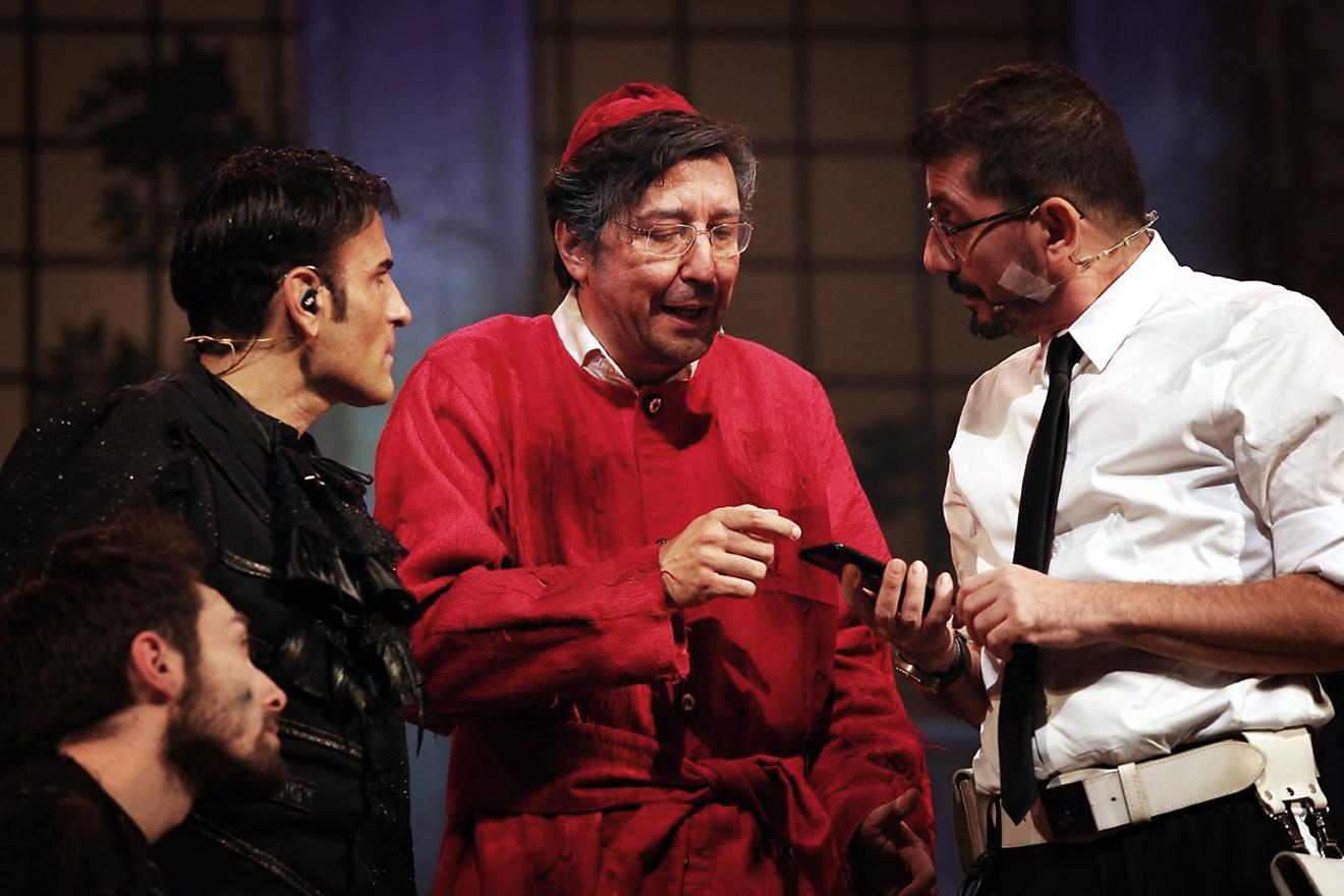 Enzo Fischetti con Ciro Villano e Sal Da Vinci. Foto di Francesco Fiengo