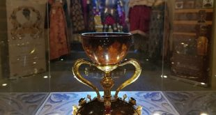 Il Santo Graal esposto al Maschio Angioino di Napoli