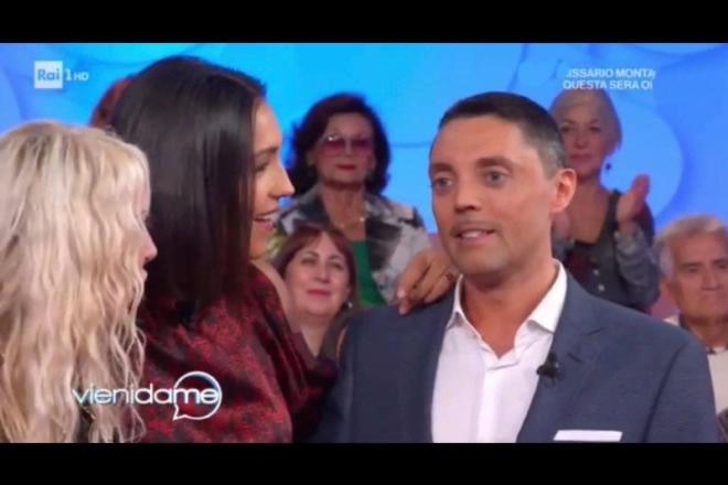 Luca Volpe a Vieni da Me con Caterina Balivo