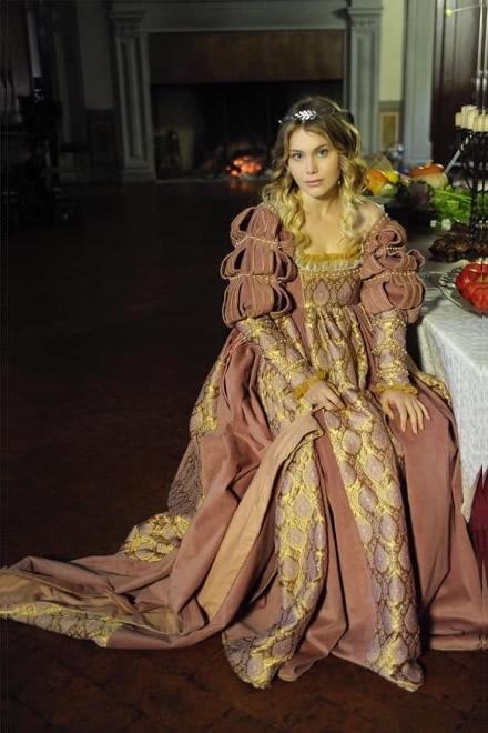 Jasmine Carrisi, la sua somiglianza con Isabella D'Aragona secondo Lorenzo Raveggi, potrebbe portarla ad essere La Gioconda