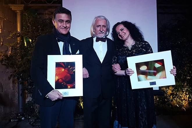 Premio Enrico Caruso consegnato da Armando Jossa a Luca Lupoli e Olga De Maio