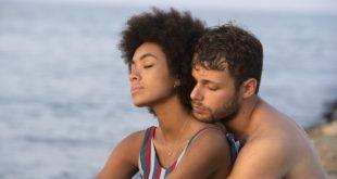 Coco Rebecca Edogamhe e Ludovico Tersigni in Summertime per Netflix. Foto da Ufficio Stampa