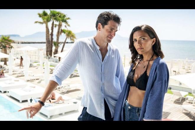 Gianpaolo Morelli e Serena Rossi in 7 ore per farti innamorare. Foto da Ufficio Stampa