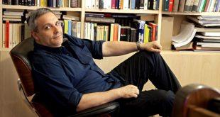 Maurizio De Giovanni. Foto di repertorio
