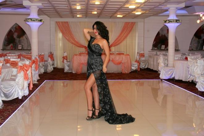 Miss in gara ad un concorso di bellezza. Foto dal Web