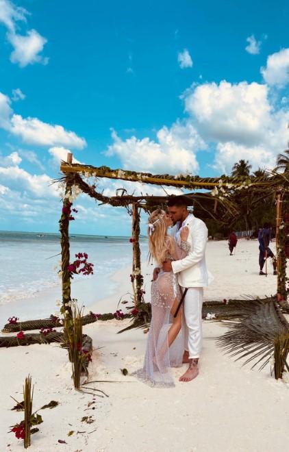 Il matrimonio a Zanzibar tra Elena Morali e Luigi Favoloso