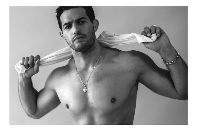 Jeremy Parisi senza maglia