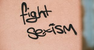 Fight Sexism. Foto dal Web