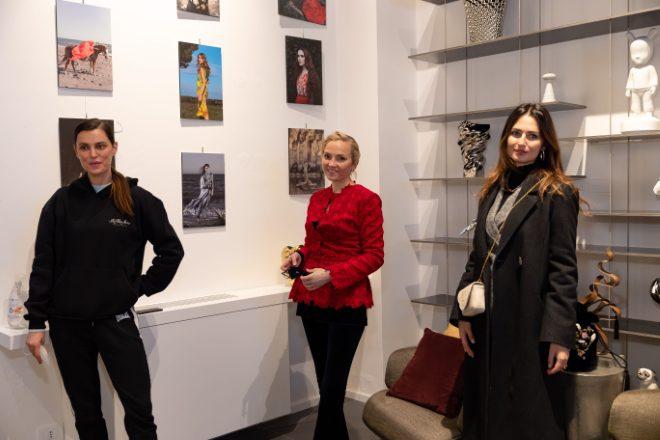 Catrinel Marlon, Victoria Torlonia ed Anna Safroncik