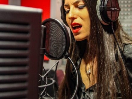 Sara Tommasi continua il suo percorso in musica