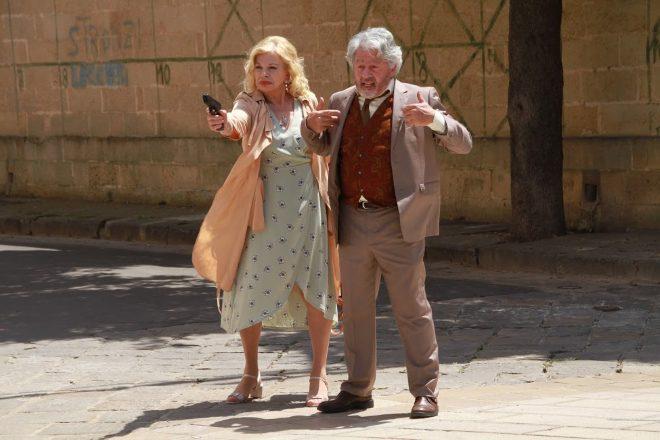 Sandra Milo e Antonio Catania in una scena di Free - Liberi