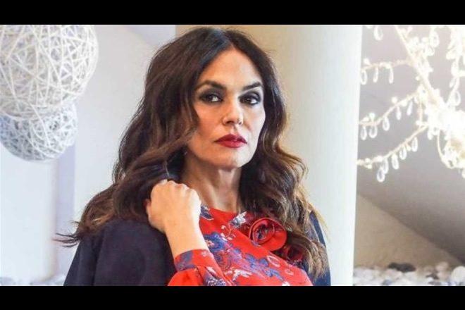 Maria Grazia Cucinotta in Sacrificio Disumano. Foto dal set
