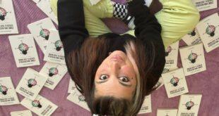 Veronica Satti con il suo romanzo Come una bussola senza il suo Nord