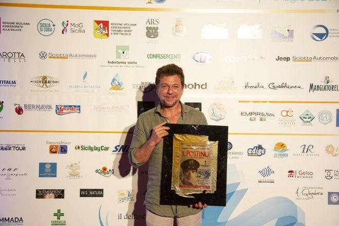 Claudio Gioè riceve il Premio Troisi. Foto di Martina Lisitano